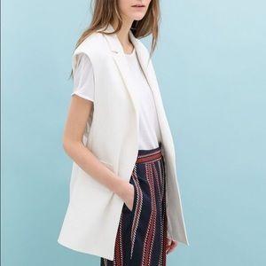 ZARA sleeveless white long blazer